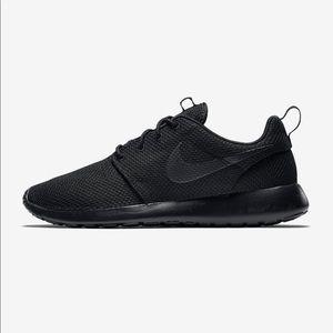 Nike Black Roshe One Sneakers